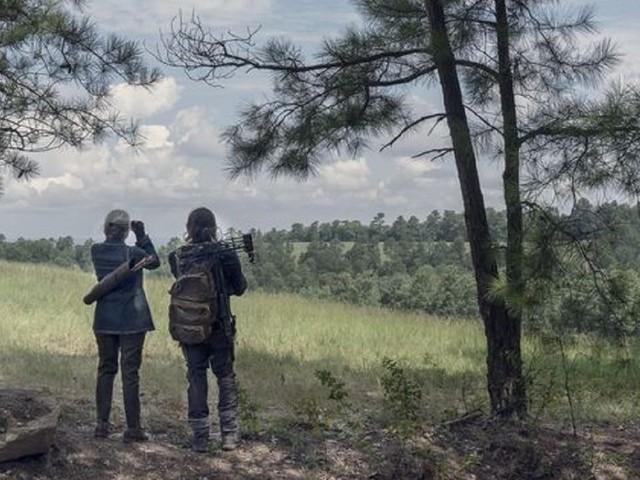 The Walking Dead 10 tra il nuovo inizio Negan e la vendetta di Carol con una sorpresa via radio: anticipazioni 11 novembre
