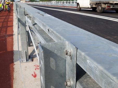 Ponte sul Piave, protesta dei ciclisti: ?Le barriere sono pericolose?