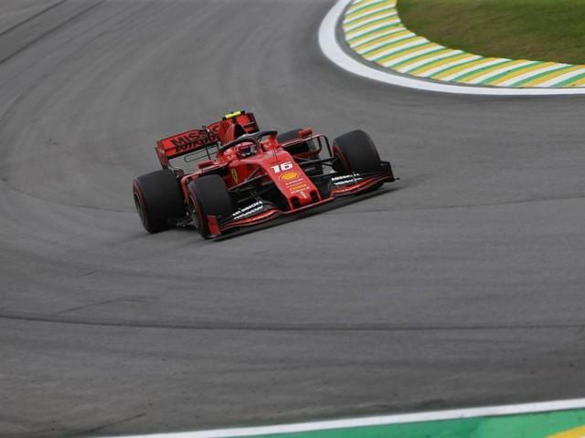 VIDEO incidente Vettel e Leclerc, l'episodio completo e il team-radio del monegasco