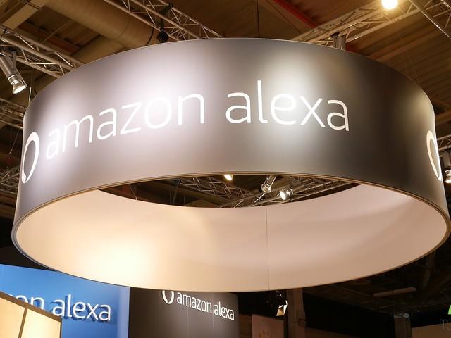 Amazon Alexa permette ora di creare o modificare le playlist con la voce