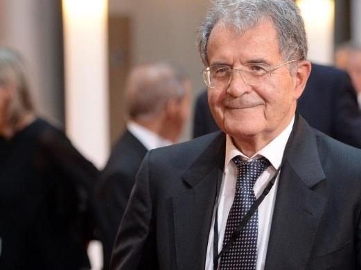 Prodi sostiene che la sinistra perda terreno perché difende i diritti dei gay