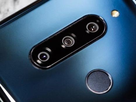 Pronto per l'Europa il top di gamma LG V40 ThinQ: ormai troppo tardi?