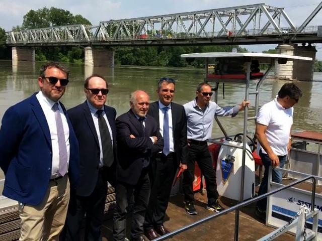 Ponte sul Po: un servizio traghetto gratuito dall'11 giugno – VIDEO
