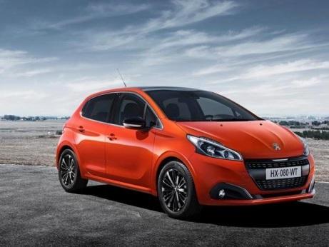 News elettriche: Peugeot 208 e Kia Stonic
