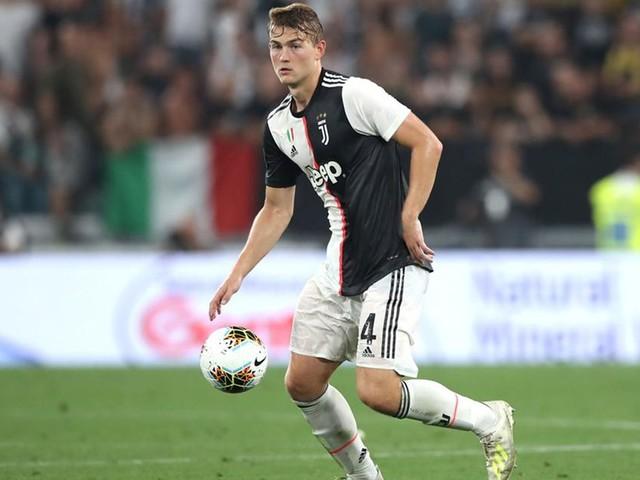 Juve, De Ligt all'esordio: dopo un'ora commette molti errori