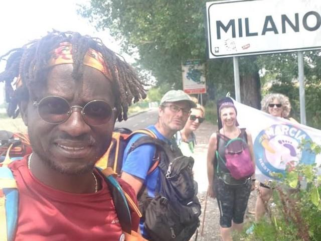 La #MarciaRestiamoUmani fa tappa a Piacenza