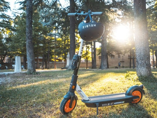 Con Enel e Helbiz mobilità in città al 100% green e sostenibile