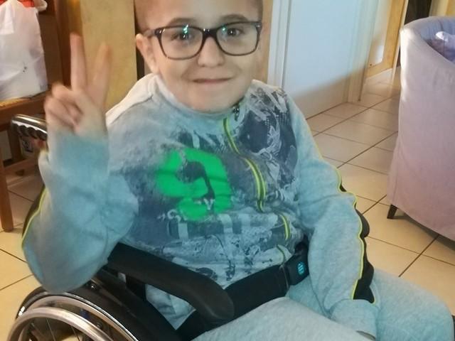 La battaglia di Brjan, 14enne affetto dalla sindrome di Van Der Knapp