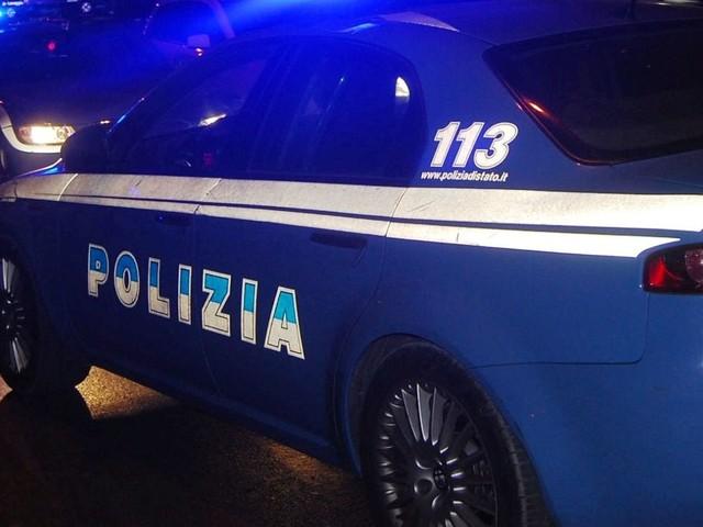 Ancona: Stupefacente nella borsetta e due multe per mancato uso della mascherina. Notte di movida tranquilla per la polizia