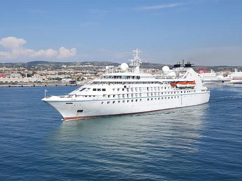 Traghetto Civitavecchia-Olbia: le migliori offerte dell'estate