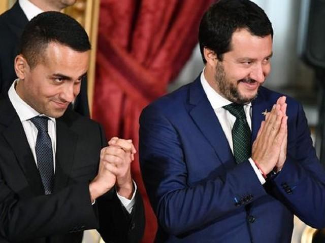 M5s: il voto on line dice no al processo a Salvini