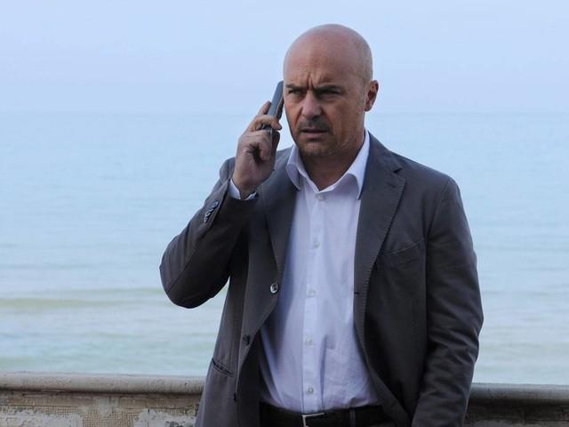 Stasera in tv, Adriano Olivetti – La forza di un sogno: trama e anticipazioni