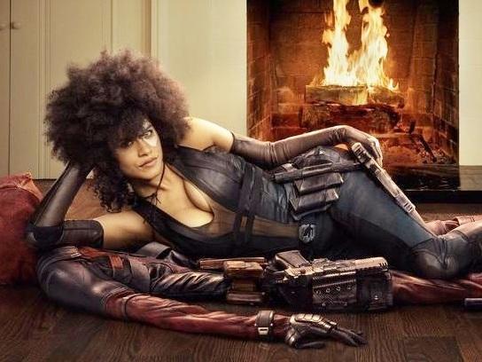 Deadpool 2: nuova foto ufficiale con Domino di Zazie Beetz