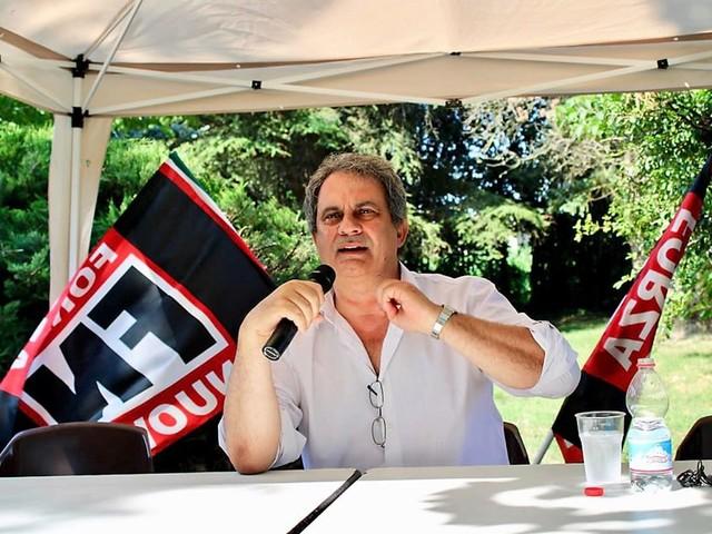 """La sinistra all'attacco: """"Una legge per sciogliere i partiti neofascisti"""""""