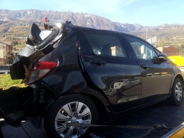 Morta la ragazza di 25 anni ferita ieri in A22: schiacciata fra un'auto e un Tir