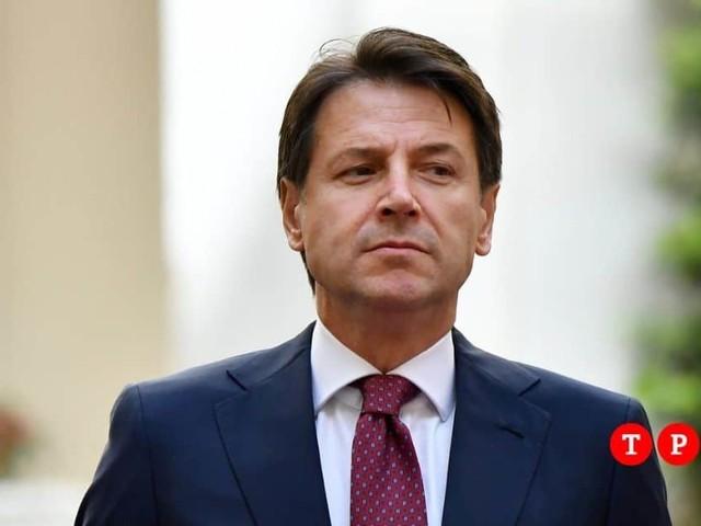 Nuovo Dpcm, Conte firma il decreto: l'Italia in semi-lockdown. Cosa prevede e il testo