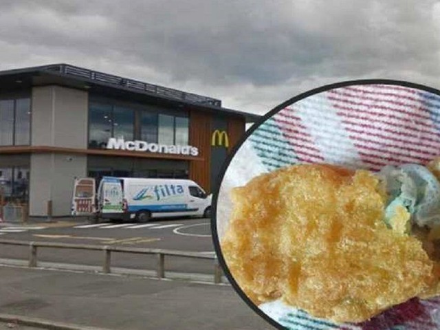 UK, a 6 anni rischia di soffocare: mascherina in una crocchetta di pollo McDonald's