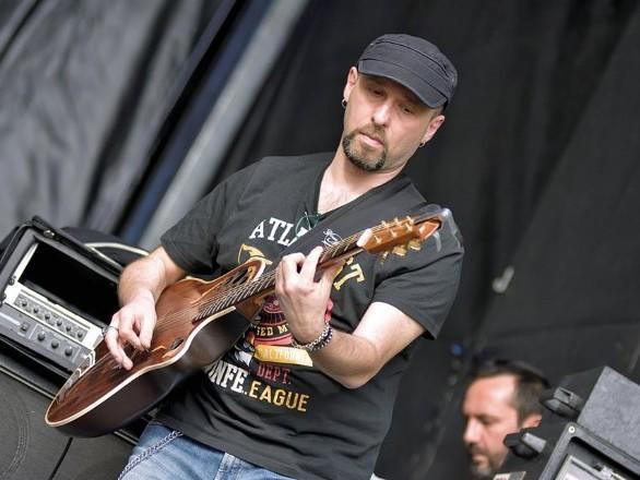 Nicola Di Già: intervista al chitarrista ritmico del Banco del Mutuo Soccorso