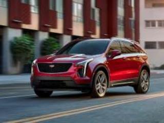 Cadillac XT4: il SUV americano guadagna il turbo benzina da 230 CV