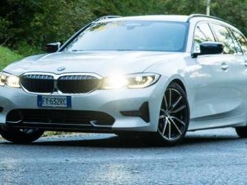 BMW Serie 3 Touring: il verdetto al volante della 320d Sport