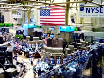 Wall Street parte cauta. Povera l'agenda macroeconomica