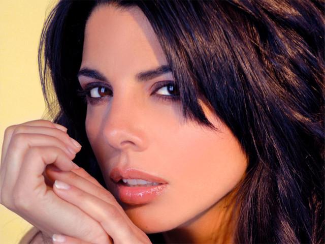 Mietta: chi è, età, carriera, vita privata e curiosità della cantante ospite a Verissimo