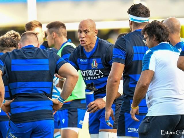 Inghilterra-Italia rugby stasera in tv, a che ora inizia e su che canale vederla. Il palinsesto completo
