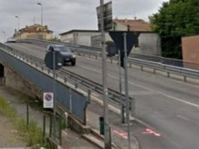 Vicenza, le Ferrovie lanciano un pericolo-cavalcavia