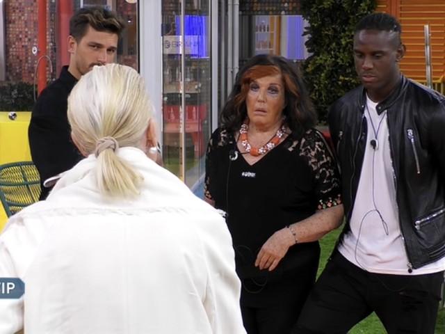 """Gf Vip, è scontro acceso nella Casa tra Patrizia De Blanck e la marchesa d'Aragona: """"Non ti consento di toccare la mia famiglia"""""""