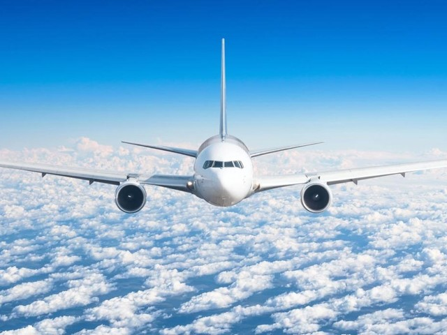 Volare senza imprevisti: 10 consigli dagli assistenti di volo