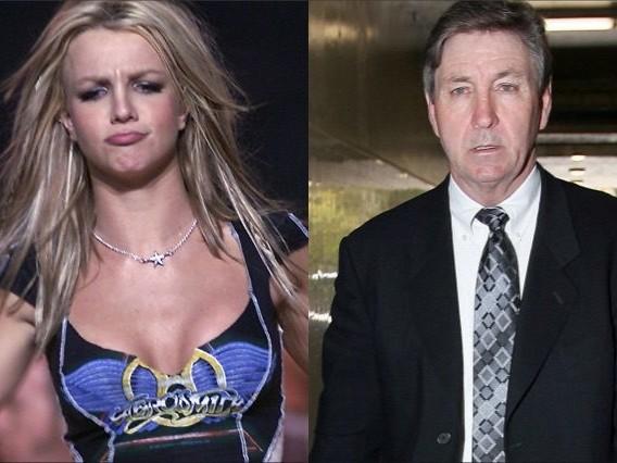 """Britney Spears, stop ai concerti: """"Mio padre stava morendo, devo stargli vicina"""""""