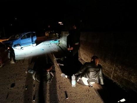 Incidente sulla Partinico-Montelepre, 7 feriti nello scontro tra due auto