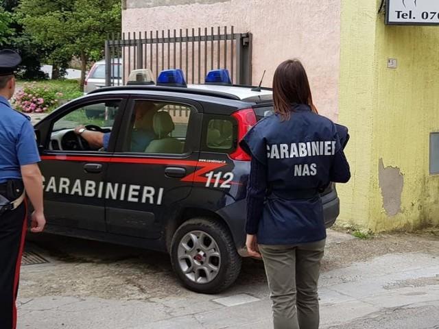Cagliari, molestava le pazienti inventando 'terapie innovative': arrestato fisioterapista
