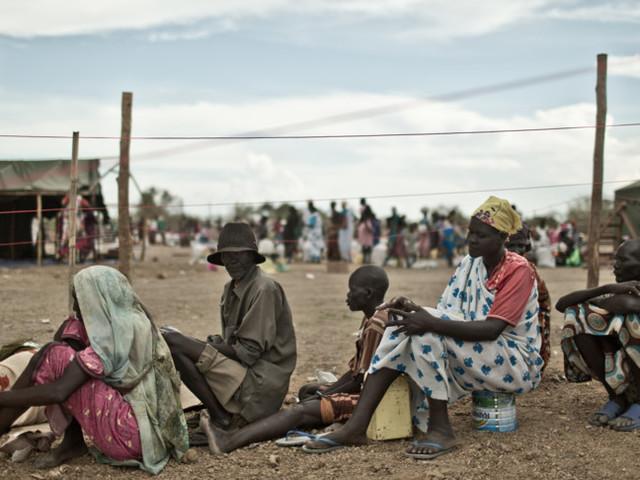"""""""Aiutare i Paesi poveri contro il Covid-19 aiuta anche noi"""", sostiene Oxfam"""
