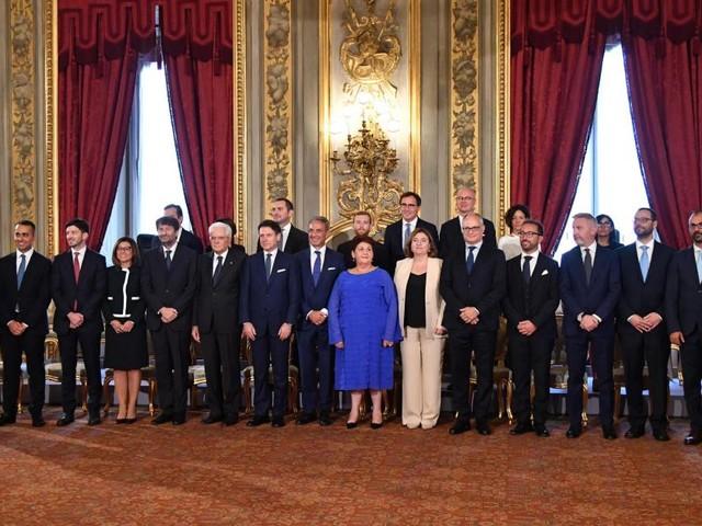 Conte: dopo il giuramento al Quirinale nomina Gentiloni commissario europeo per l'Italia