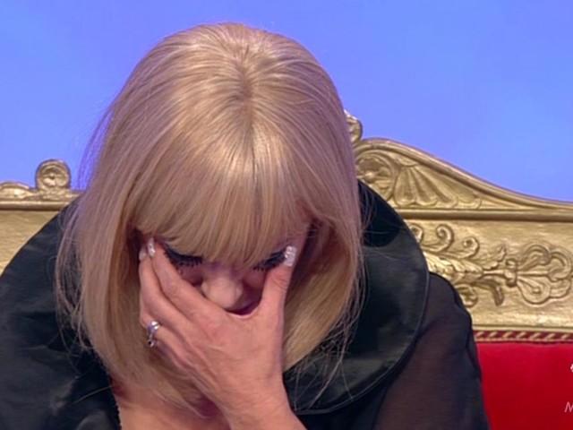 Anticipazioni Uomini e donne oggi: Tina accusa Gemma, Pamela in lacrime per Stefano