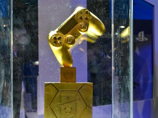 """FIFA 20 dà il via su PS4 all'evento """"Controller d'oro"""" che premia i gol più spettacolari"""