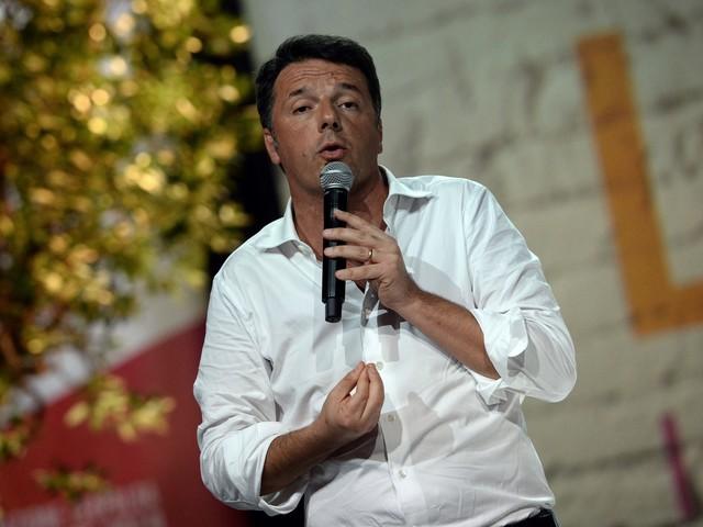 """Renzi apre la Leopolda: """"Non facciamo cadere il governo, ma non siamo d'accordo con quota 100"""""""