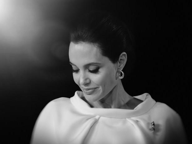 Angelina Jolie: nostalgia per Brad Pitt durante il viaggio in Africa