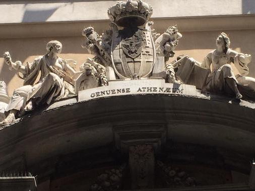 Università Genova sospende attività