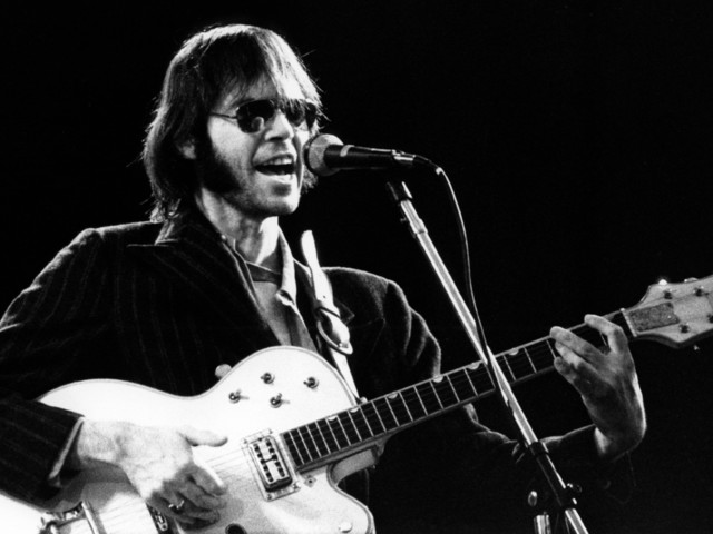 Neil Young festeggia i 50 anni di 'After the Gold Rush' con un cofanetto speciale