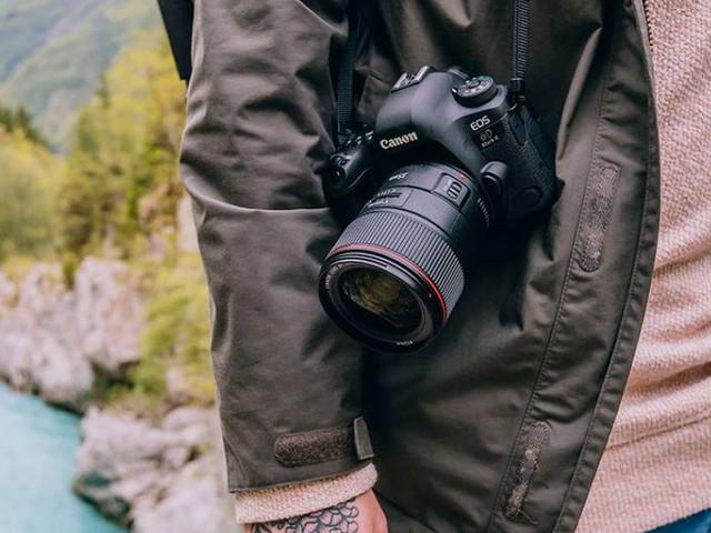 Canon EOS 6D Mark II, svelata la nuova full frame prosumer