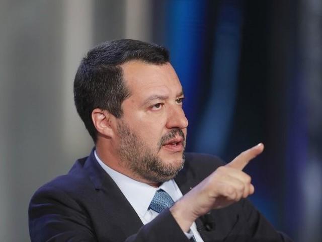 Incassato il Sicurezza bis, Salvini incontra 43 parti sociali