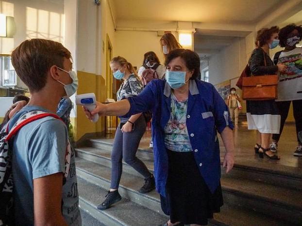 Piemonte, febbre si misura a scuola. Almeno fino al 14 ottobre. Il Tar non sospende ordinanza Cirio