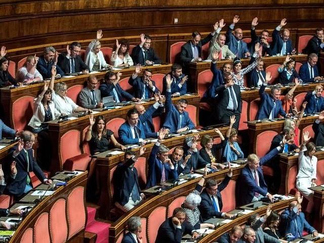 La Lega non passa, il Senato respinge la mozione di sfiducia lampo a Conte