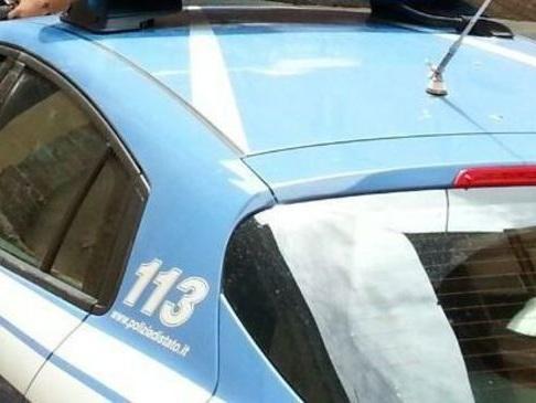 Prato: 35enne arrestato dalla Polizia per aver compiuto sei rapine in 48 ore. Bottino 600mila euro