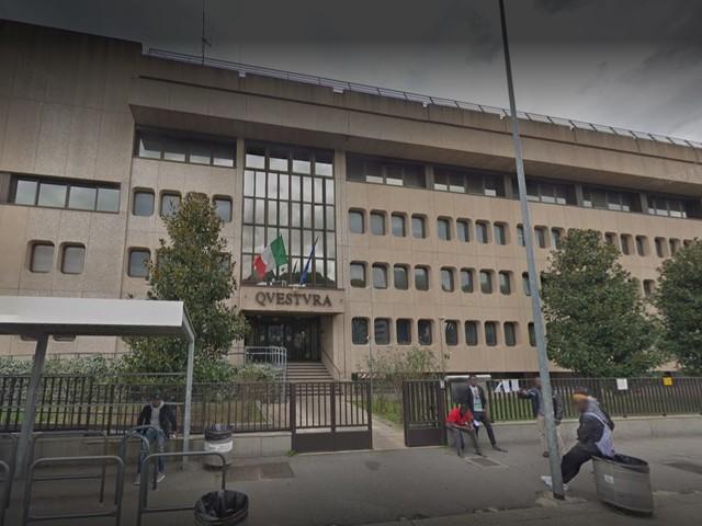 Prato, dopo rissa pesta agenti e danneggia volanti: fermato magrebino
