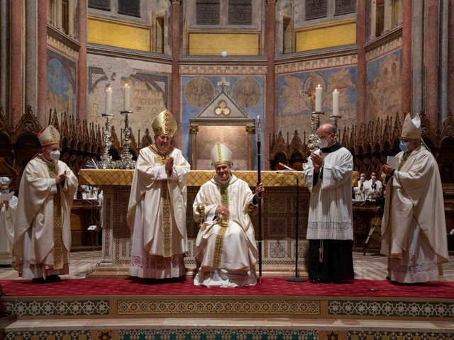 Assisi, fra Mauro Gambetti è vescovo | Foto + Video