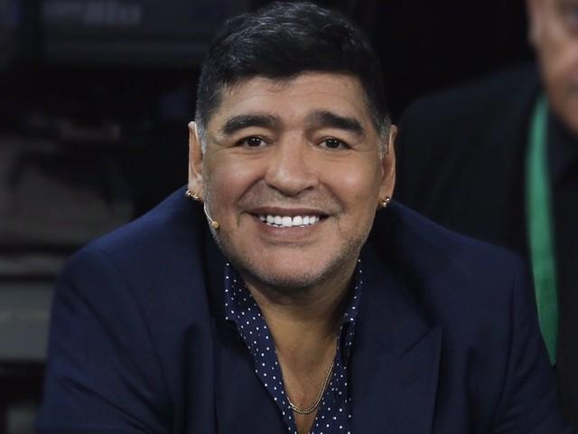 """Francesco Totti: """"Maradona non è morto, è ancora qua con noi"""""""