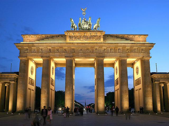 Germania, disagi negli aeroporti a causa di scioperi e maltempo